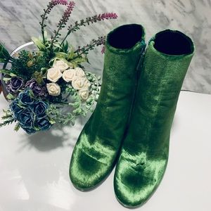 Balenciaga Green Velvet Zip Up Boots Size35.5